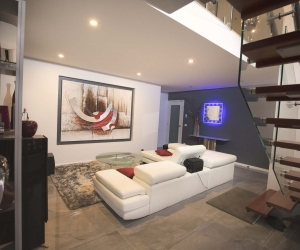 small living room real estate photography